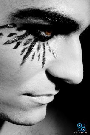 Dynamite-models-makeup-028